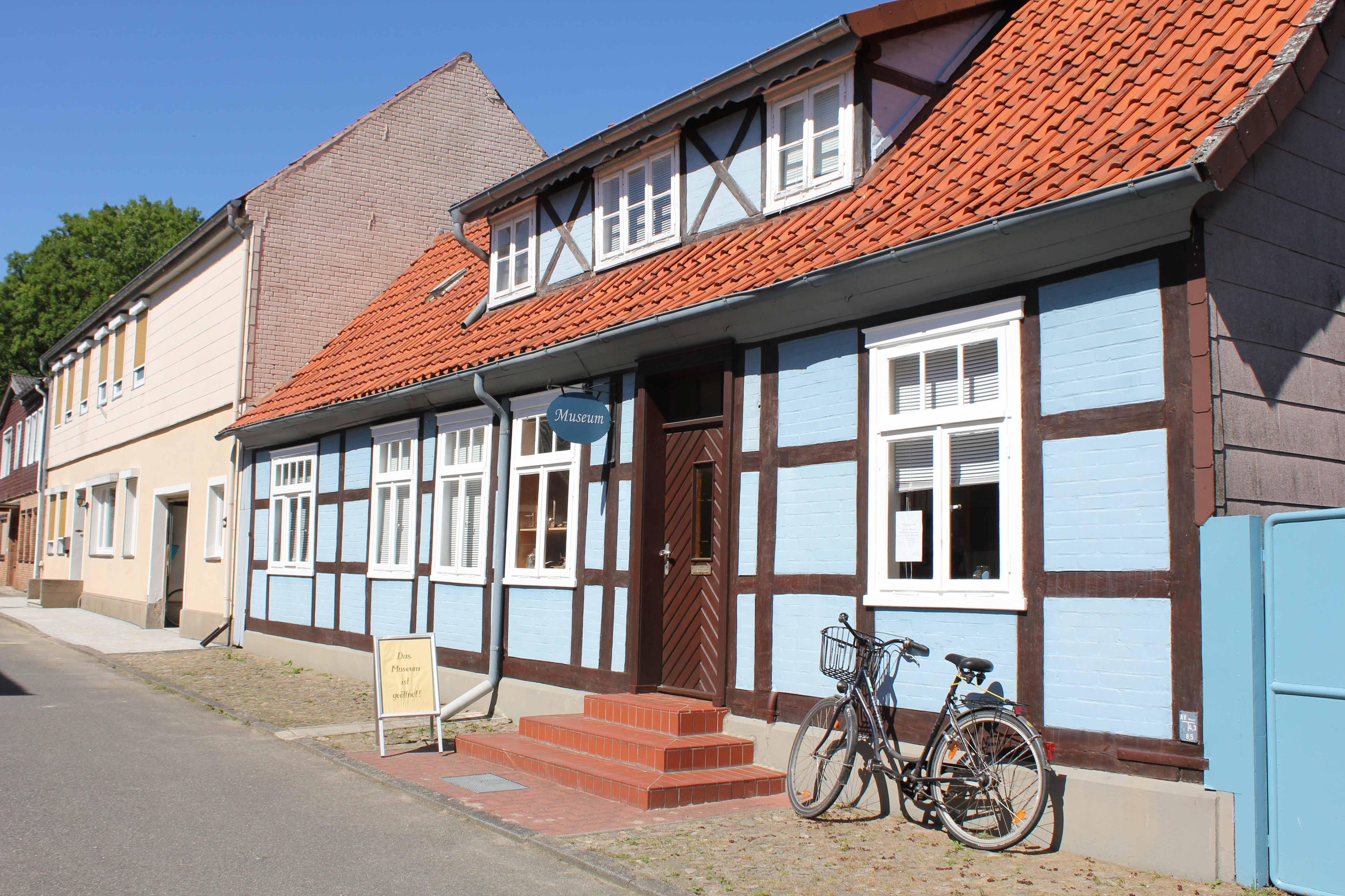 Blaue Haus Museum Clenze Urlaubsregion Wendland Elbe