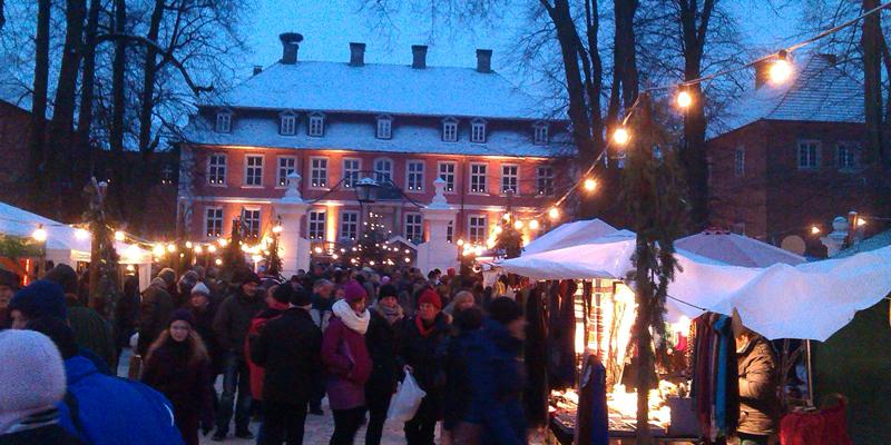 Weihnachtsmarkt Gartower Schloss ©Kartoffel Hotel Lübeln